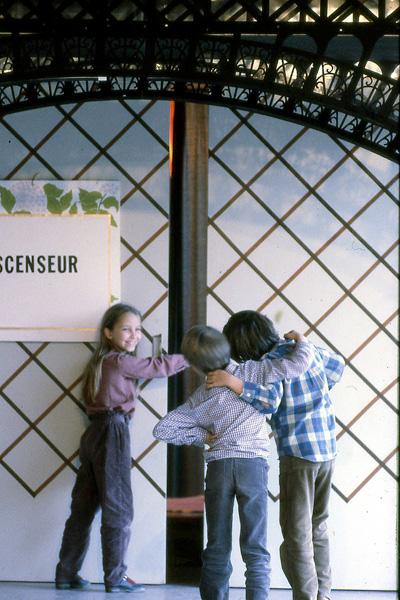 Autour-d'eiffel-1981