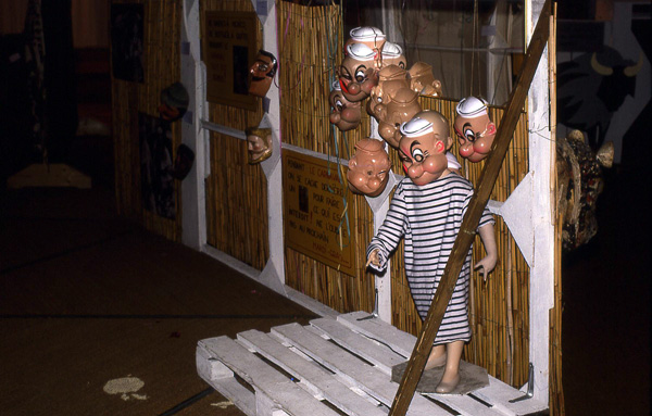 expo-masque-et-mascarade-1976
